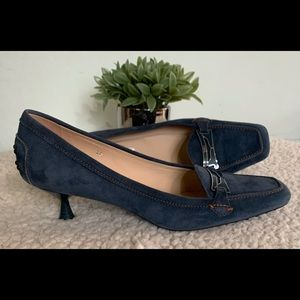 TOD'S kitten heel pointed suede loafers